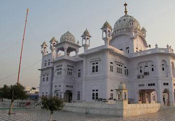 Punjab gurudwara tours.