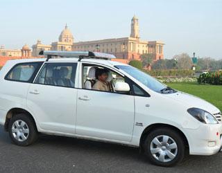 Toyota Innova Taxi Amritsar