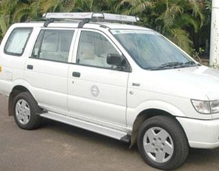 Chevrolet Tavera Taxi Amritsar